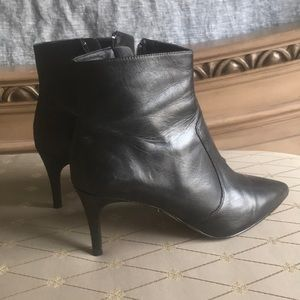 Halogen Ashlee Pointed Toe Bootie size 9.5M